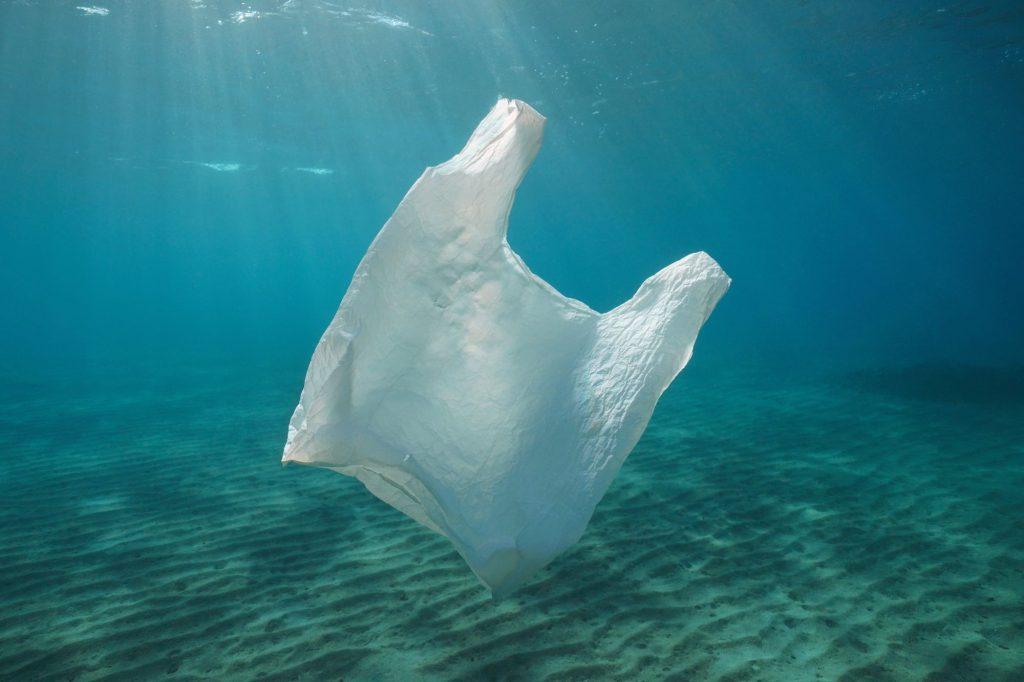 Plastiktüte-Ozean
