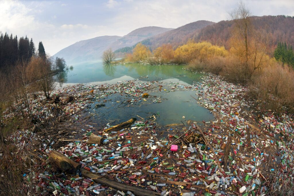 plastic-waste-reservoir