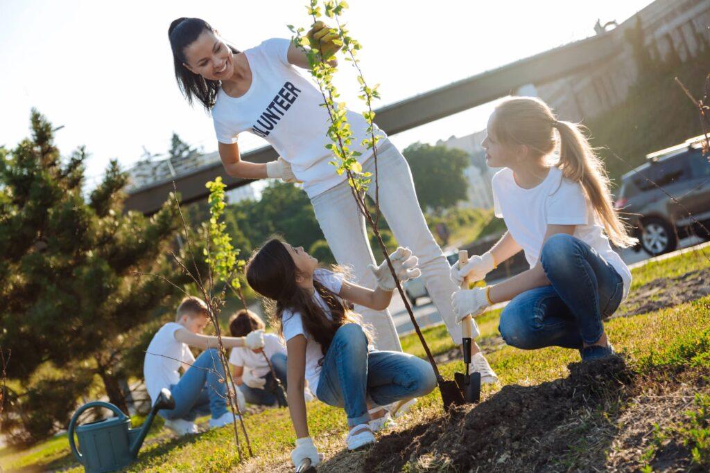 environmental conservation volunteer